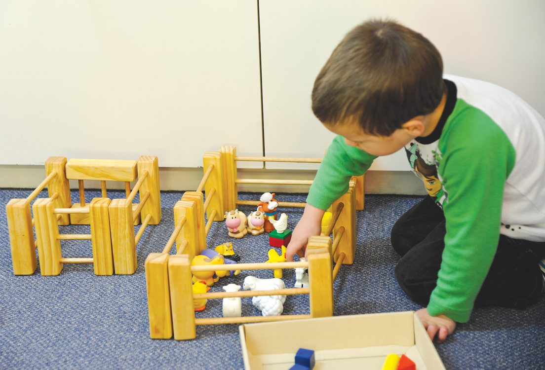 Making the most of play opportunities to talk about maths